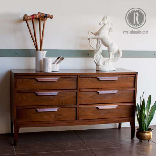 johnson_carper_modern_dresser_walnut