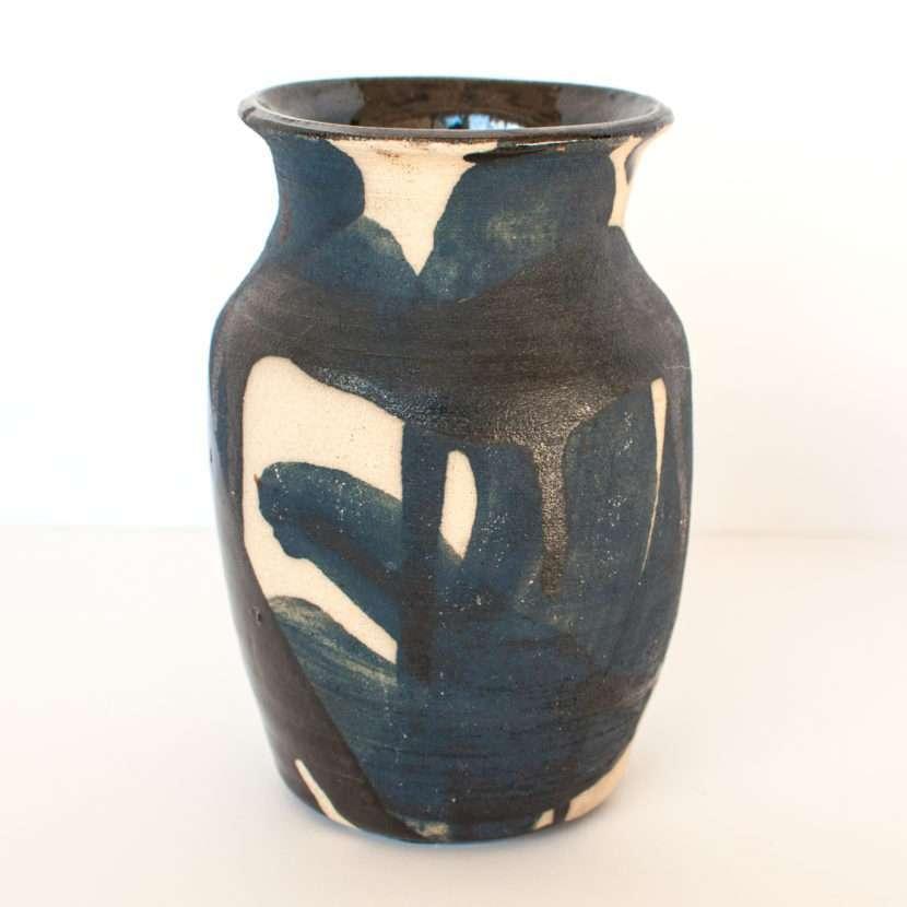 grafitti vase
